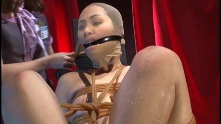 花咲いあん 顔面破壊願望のある女が緊縛され鼻パンストで凌辱される 画像