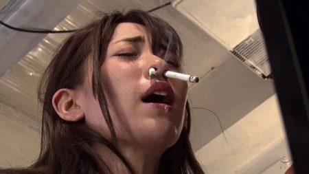 高梨りの JKが引き取られた親戚の家で拷問され鼻でタバコを吸わされる 画像
