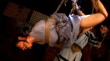 宮崎あい 盗みの罪で捕まった女囚が凄惨淫靡な拷問をされる 画像