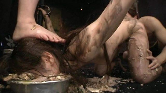 樹花凜 廃墟に全裸で拘束されたOLが96時間拷問レイプされる動画