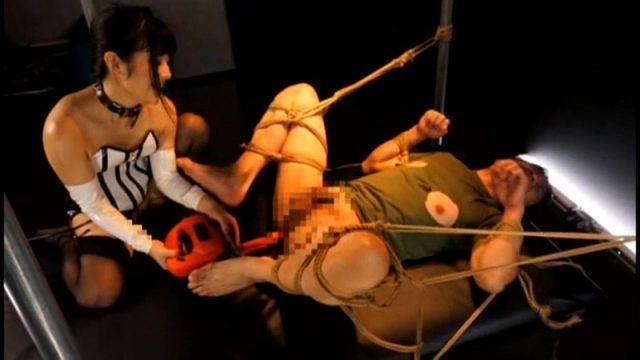 小司あん ロリ女王様がドMの兄を緊縛してマシンバイブでアナルを犯す
