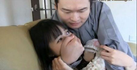 朝倉ことみ ストーカーに襲われた女子大生が緊縛される 画像