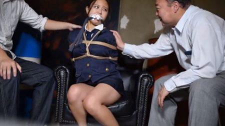 敵組織に監禁された婦警が下着姿に引ん剝かれて緊縛されちゃうwww 画像