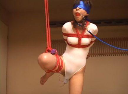 緊縛されたバレエ少女がマンコにバイブを突っ込まれて放置されるwww 画像