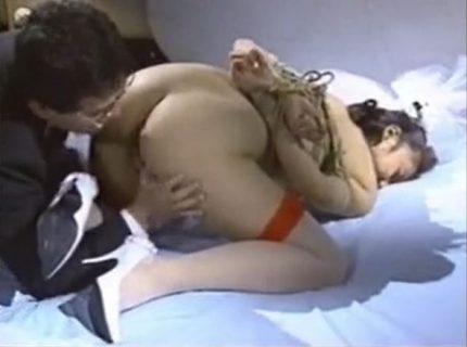 森山愛里 誘拐された美人OLが緊縛されて性処理奴隷にされる動画 画像