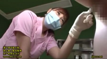 小川桃果 ドSなナースが入院患者のアナルを極太バイブで犯しちゃう動画 画像