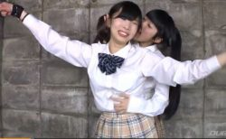 天音遥香 女子校生がレズの友人に拘束されてくすぐり責めに涙目になっちゃう動画 画像