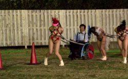 闇オークションで奴隷として買われた女が財閥主催の人間競馬に出走させられる動画 画像