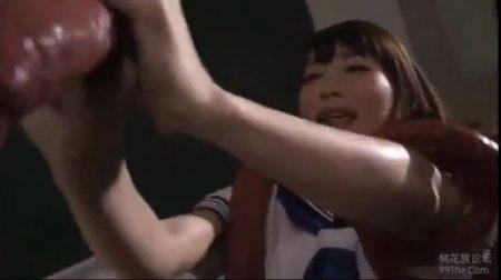 触手に襲われた女子校生が拘束されて口もマンコもズボズボ犯されちゃうwww 画像