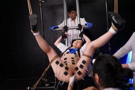 宮沢ゆかり 悪い大人に騙された女子校生が監禁拘束されて電流快楽拷問に悶え苦しむ動画 画像