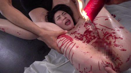 塩見彩 真性ドマゾ女がマングリ蝋燭責めで徹底調教される動画 画像