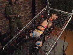 女工作員拷問崩壊 魔虐の肉牢ブートキャンプ 岬あずさ(3)