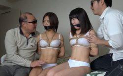 変質者に押し入られた美人姉妹が縛り上げられて体中を弄ばれる動画 画像